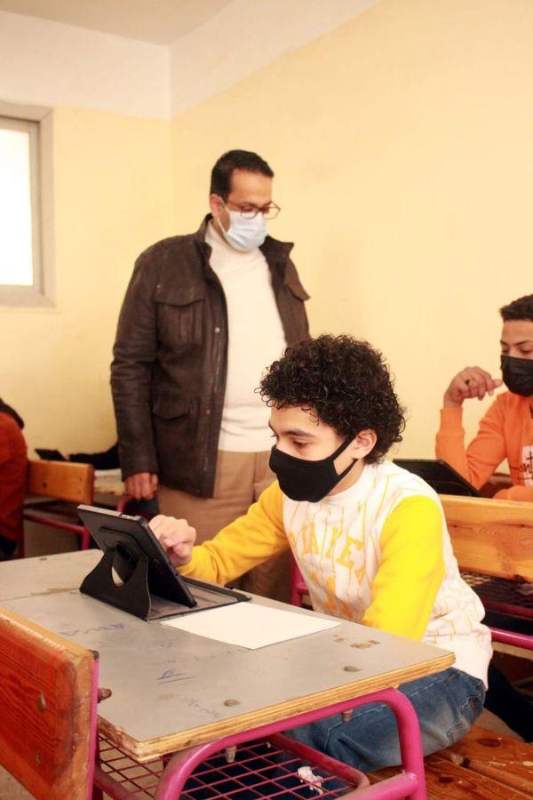 تعليم الغربية: سنتعامل مع الحالات التي لم تستطيع الدخول للمنصة الإلكترونية وفق تعليمات الوزارة