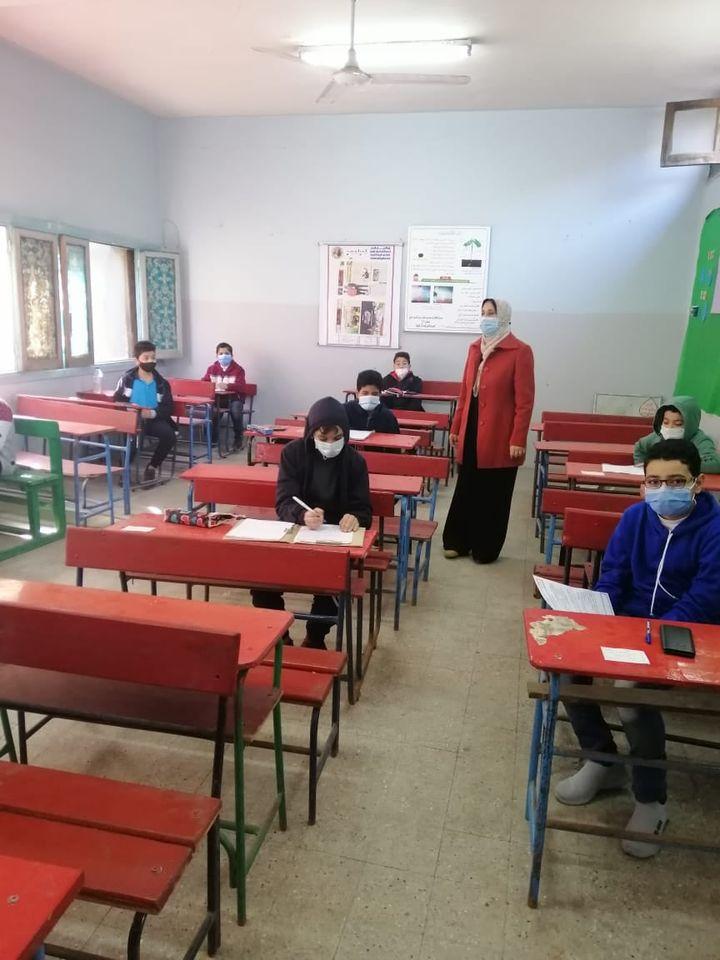 أمهات مصر: تباين في الآراء حول امتحان الأول الثانوي وسهولة في امتحان إعدادي