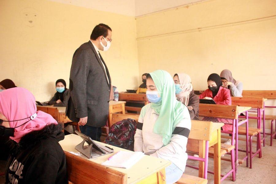 أولياء أمور مصر: شكوى من عدم تحميل مناهج الترم الثاني على منصة حصص مصر