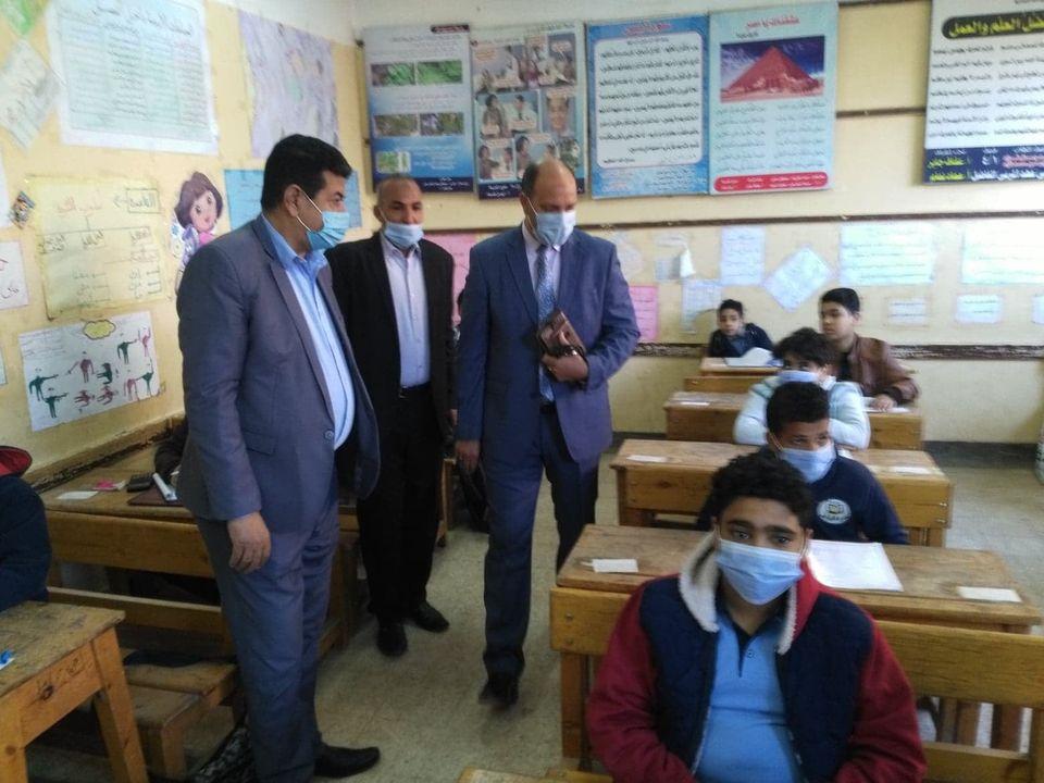 ننشر الصور الأولى لامتحانات شهر مارس لصفوف النقل بسوهاج