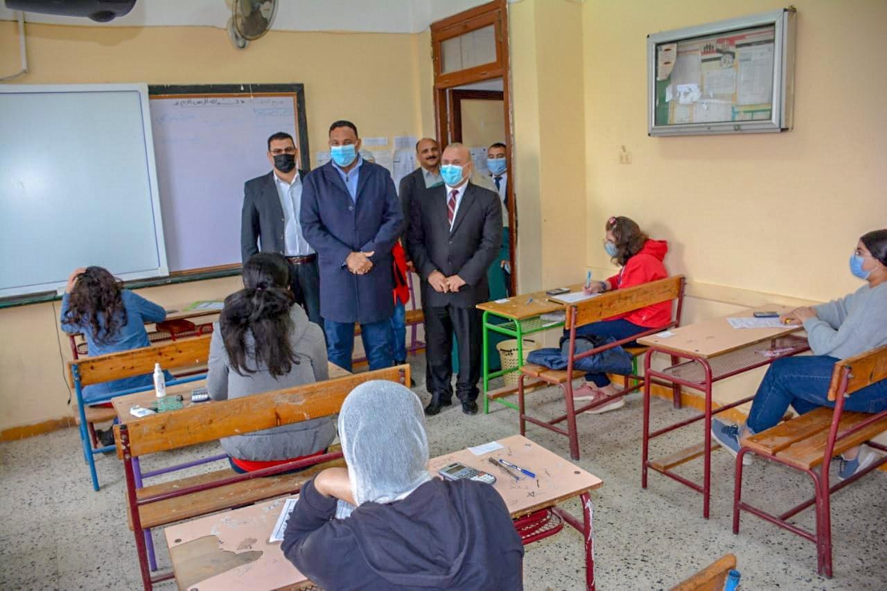 أمهات مصر: سهولة أغلب امتحانات الصفين الخامس الإبتدائي والثاني الإعدادي