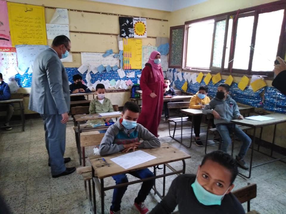 أبو زيد: التنبيه على طلاب الثانوية العامة بضرورة حضور جميع الامتحانات التجريبية