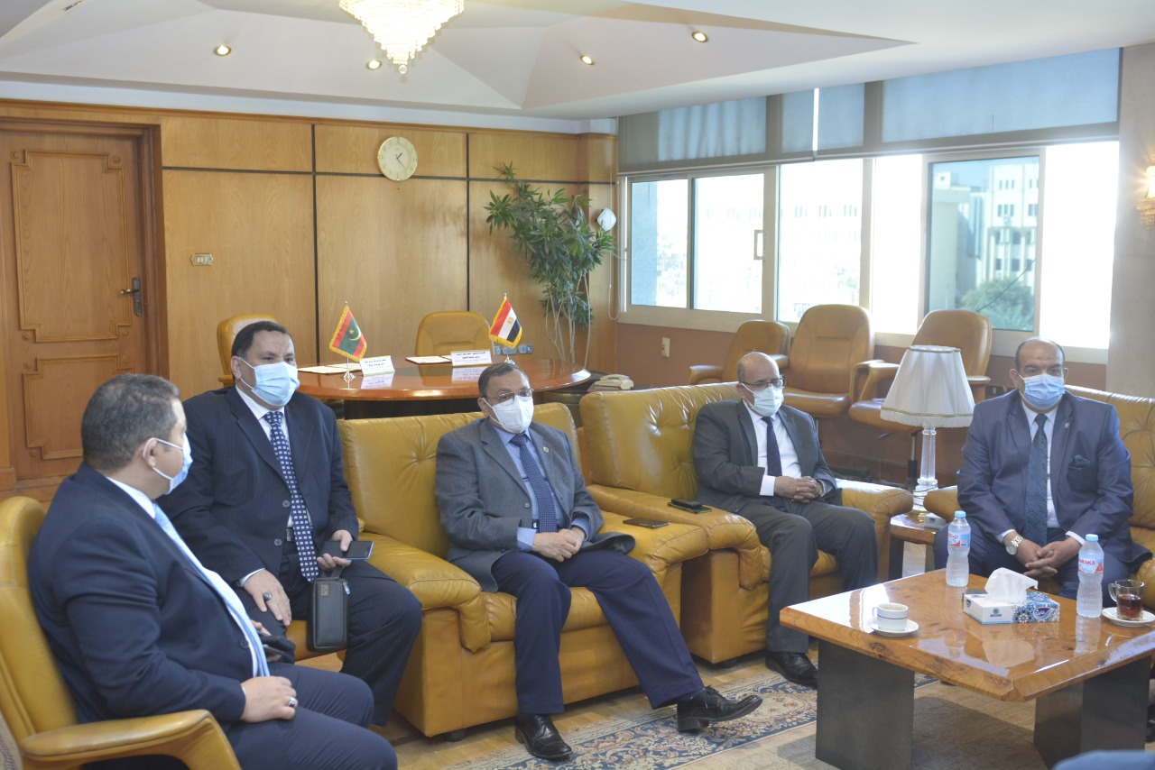 جامعة الفيوم توقع مذكرة تفاهم مع الجمهورية الإسلامية الموريتانية