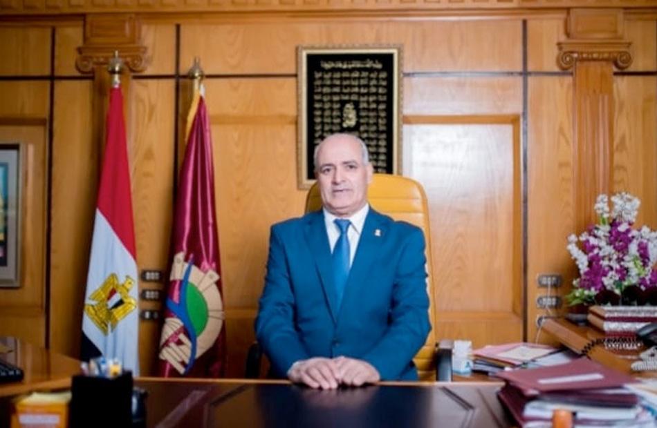 رئيس جامعة الفيوم عضوًا في الكونجرس الدولي للجيولوجيا وعلوم الأرض