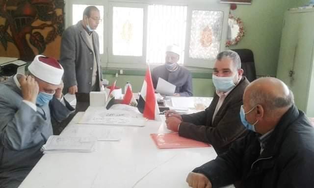 رئيس منطقة الإسكندرية الأزهرية يتفقد امتحانات الشهادة الإعدادية