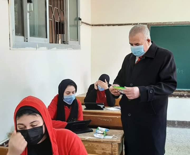 محافظ دمياط تقرر مضاعفة الوجبة المدرسية للطلاب خلال الامتحانات