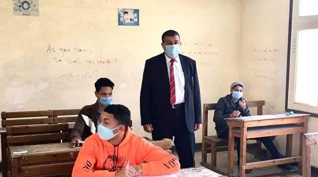 الوكيل الشرعي للإسكندرية يتفقد امتحانات الشهادة الإعدادية بالمنطقة