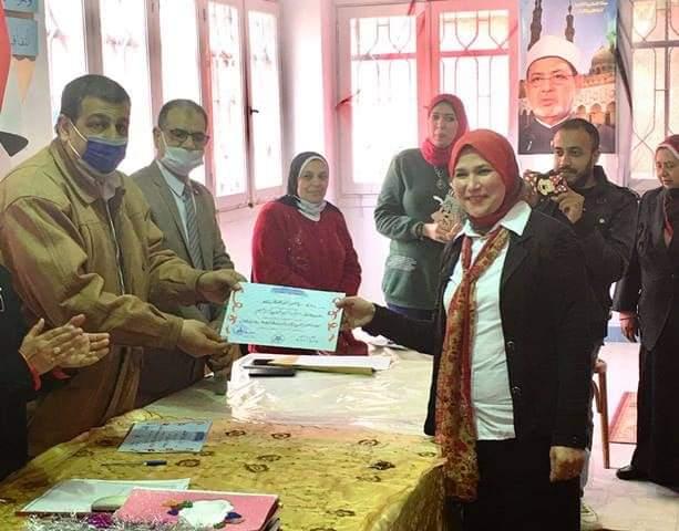 """"""" الإسكندرية الأزهرية """" تعقد التصفيات النهائية لمسابقة المعلمة القدوة لرياض الأطفال"""