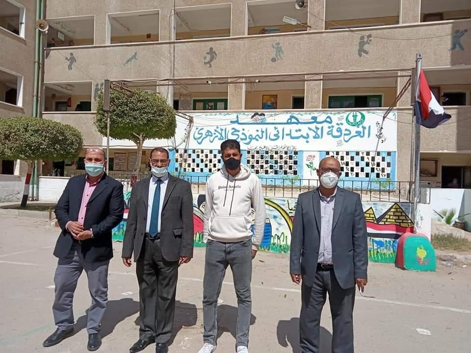 مدير عام منطقة البحر الأحمر الأزهرية يتابع سير امتحانات شهر مارس بمعاهد الغردقة