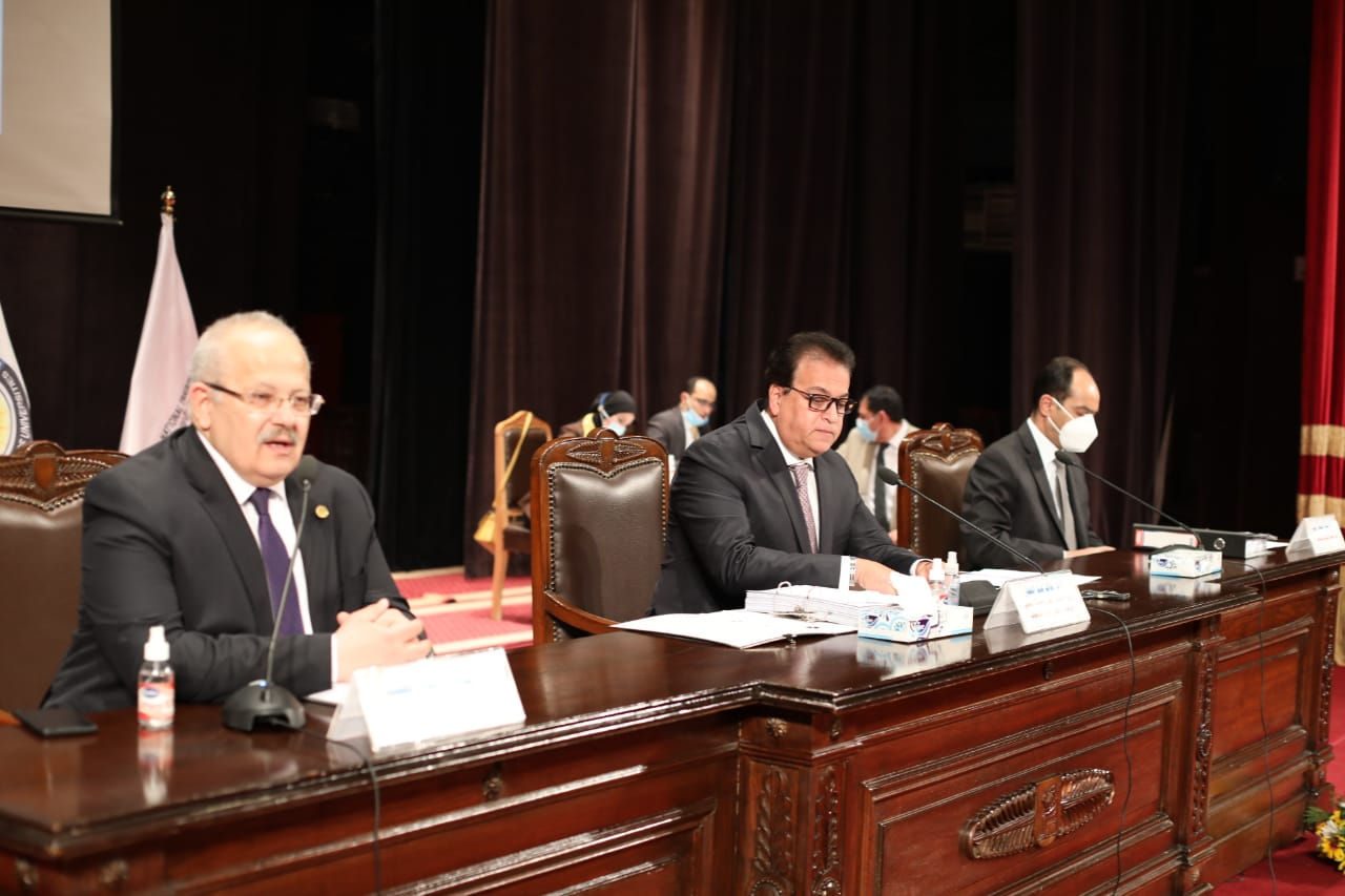 الأعلى للجامعات يوافق علي مد عمل لجنة تعديلات قانون تنظيم الجامعات شهرين