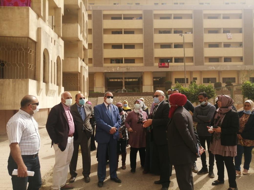رئيس جامعة الأزهر يتفقد المدينة الجامعية