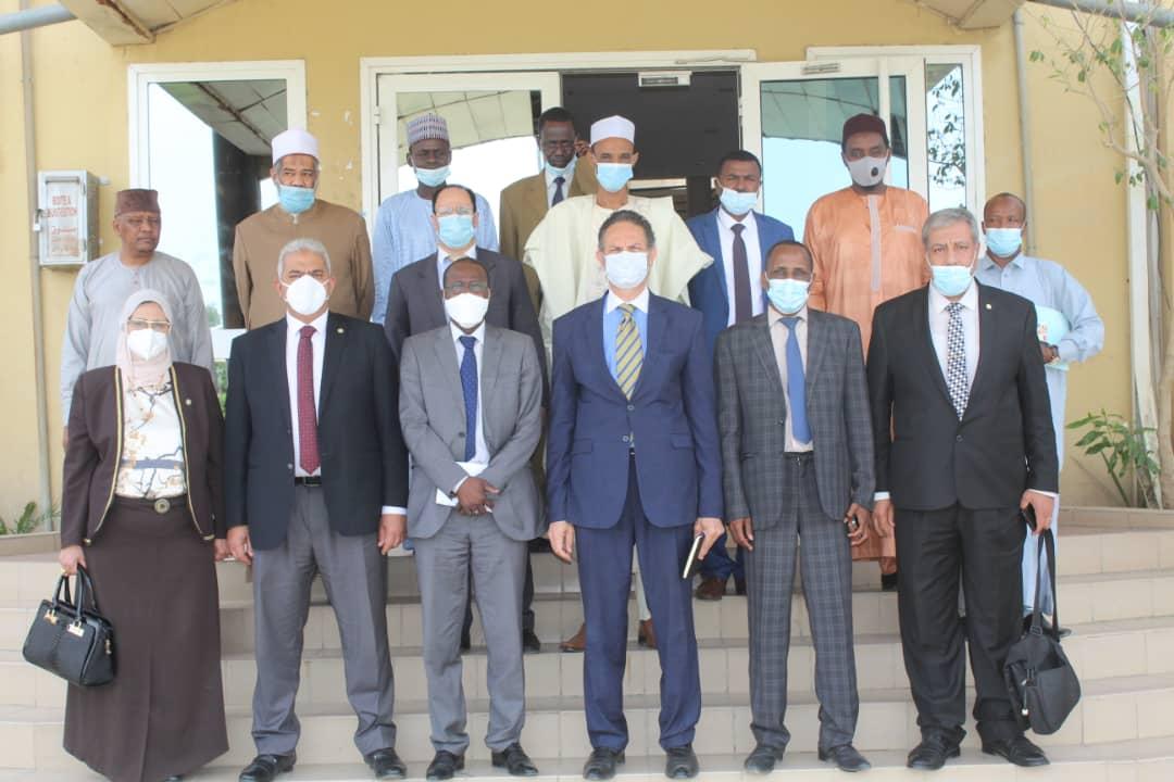 وزارة الصحة التشادية تشيد بجهود قوافل الأزهر الطبية