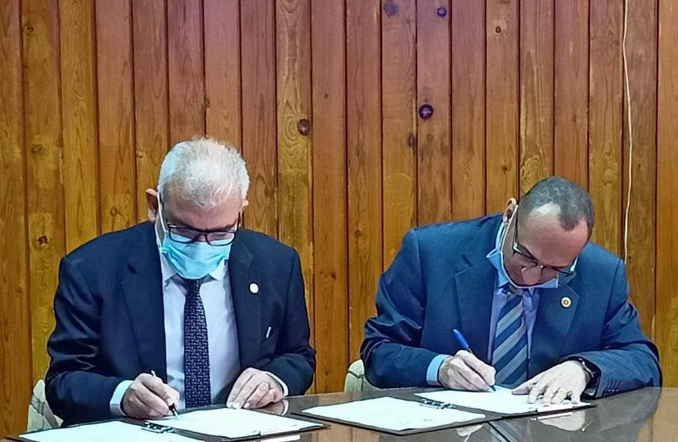 """اتفاقية تعاون بين """"هندسة المنوفية"""" ووكالة الفضاء المصرية في مجال الأقمار الصناعية"""