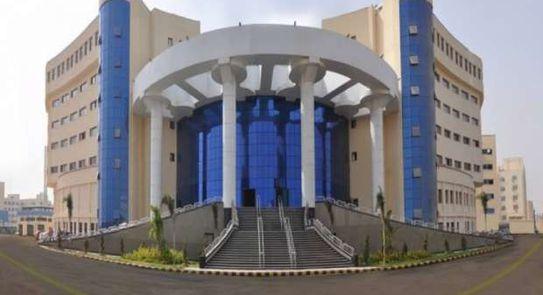 """جامعة كفرالشيخ السادس محليا وضمن أفضل 800 عالميا بمؤشر """"Round University Ranking"""""""