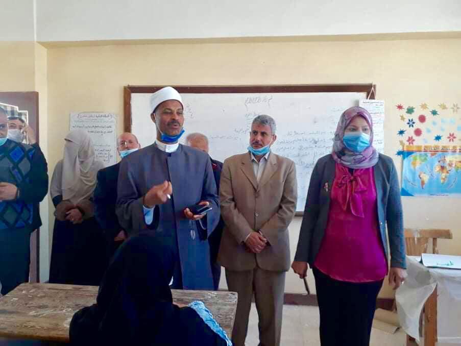 رئيس منطقة الإسكندرية الأزهرية يتابع ختام زيارة الجودة لمعاهد المنطقة