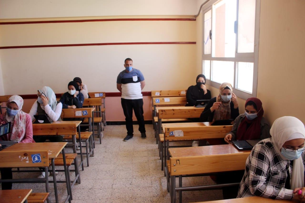 تعليم بلا حدود: تضارب القرارات يكشف عدم وجود خطة أو رؤية واضحة لدى وزارة التعليم