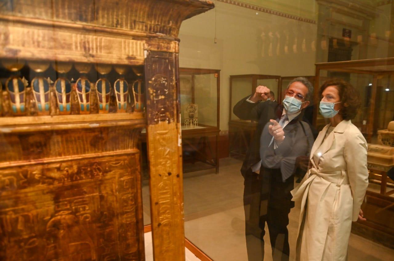 وزير السياحة والآثار يلتقي رئيس منظمة اليونسكو بالمتحف المصري