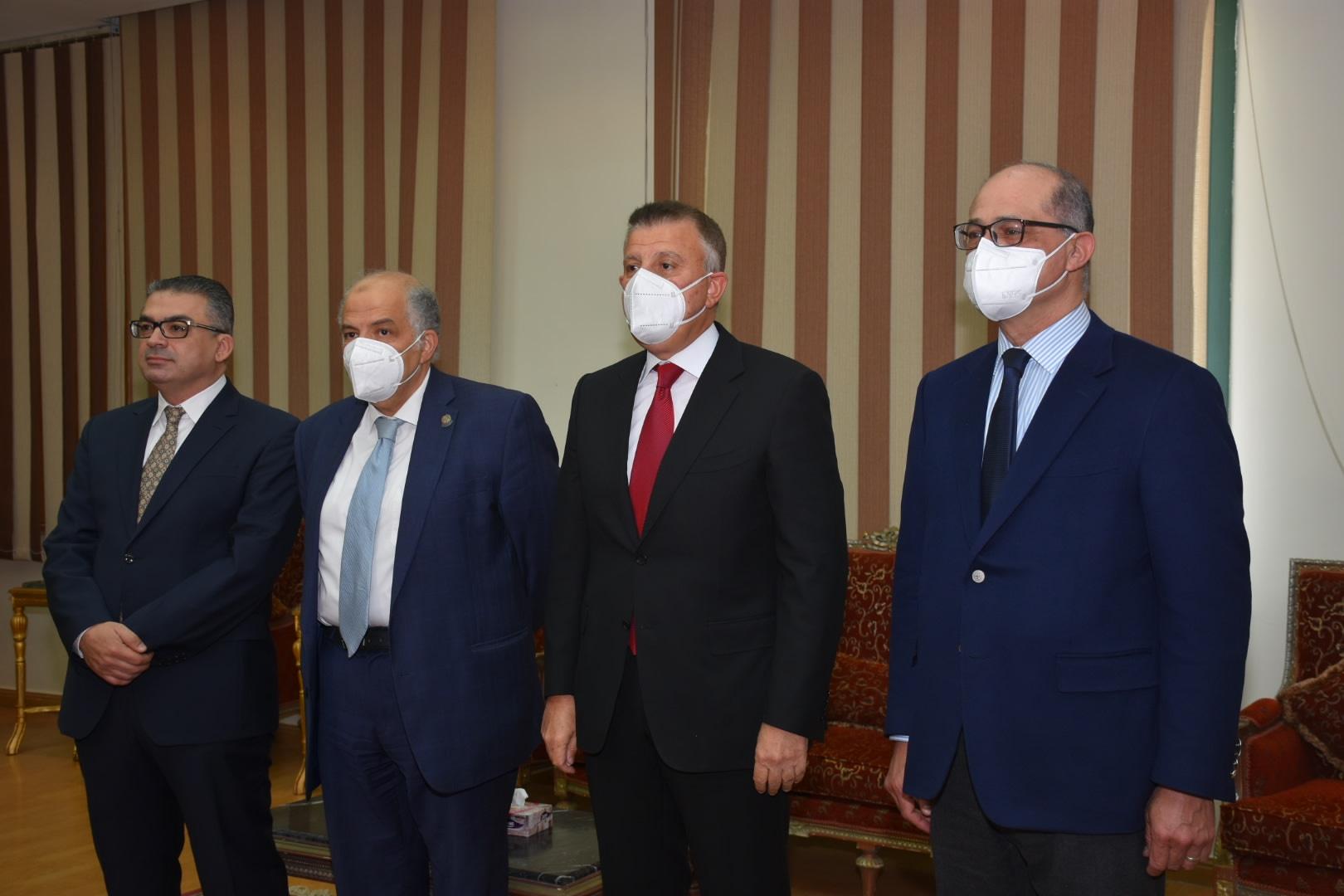 رئيس البنك الأهلي: 400 مليون جنيه لتطوير مختلف التخصصات الطبية بجامعة عين شمس