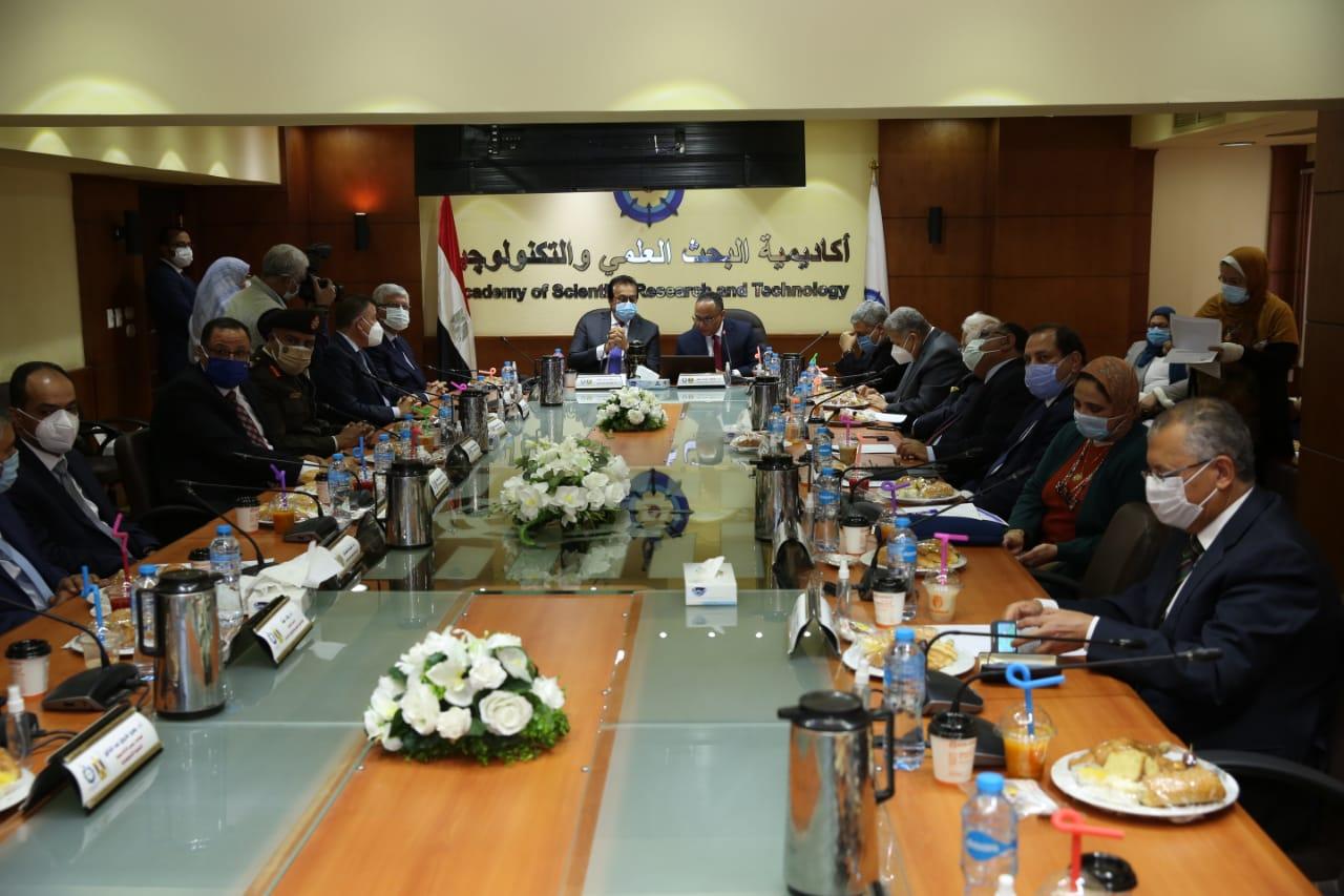 رئيس أكاديمية البحث العلمي: منح 76 جائزة للعلماء المصريين والأفارقة