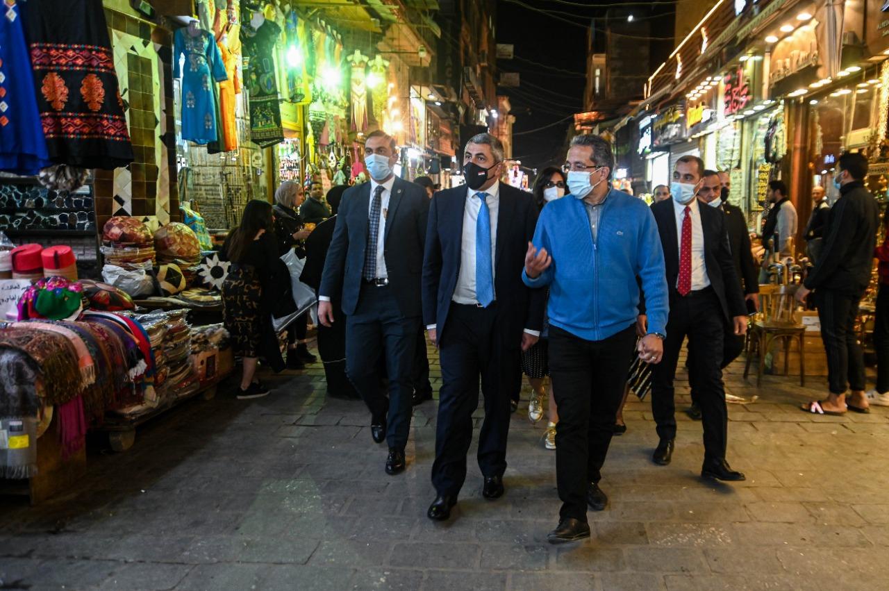 الأمين العام لمنظمة السياحة العالمية يصل مصر علي رأس وفد من المنظمة لحضور موكب المومياوات الملكية