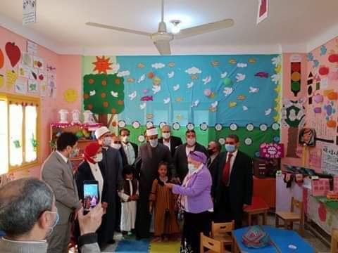 رئيس منطقة الإسكندرية الأزهرية يتابع زيارة هيئة الجودة