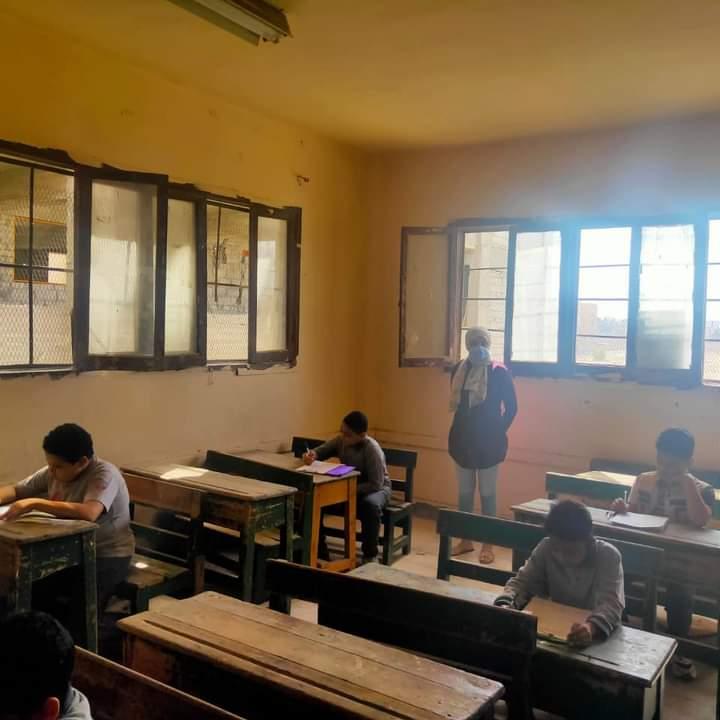 """"""" الجيار"""" يتابع امتحانات شهر ابريل لطلاب تعليم الجيزة"""
