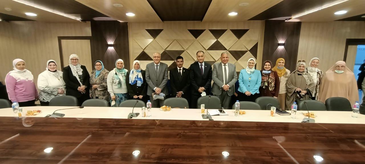 نائب رئيس جامعة الأزهر يلتقي قيادات فرع البنات ويناقش تحديات المرحلة المقبلة
