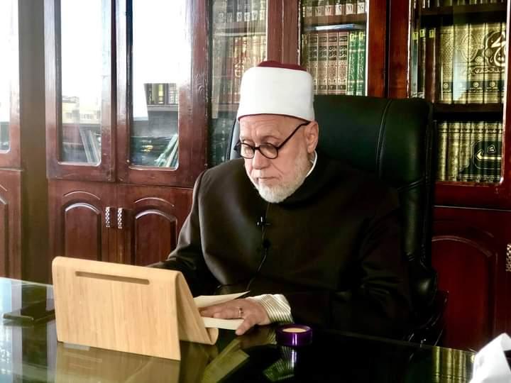 """الدكتور محمد مهنا يشرح """"الحكم العطائية"""" في رمضان"""