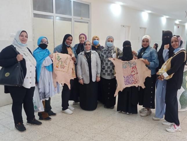 دراسات إسلامية الأزهر تنظم ورشة عمل حول الكتابة على الجلد بالتعاون مع هيئة قصور الثقافة