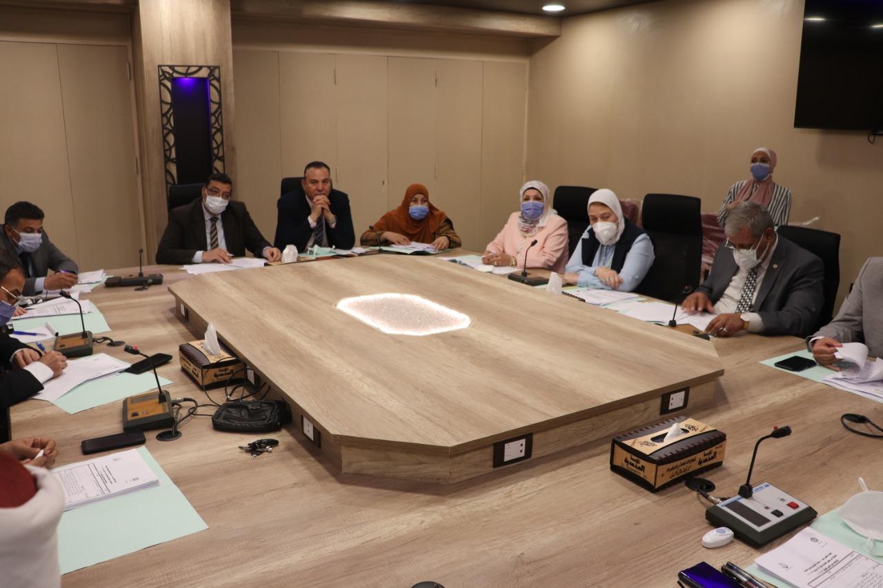رئيس جامعة الأزهر يؤكد دعم الجامعة للمبادرة الرئاسية: «حياة كريمة»
