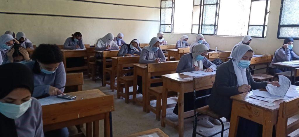 انطلاق الامتحان التجريبي لطلاب الثانوية العامة