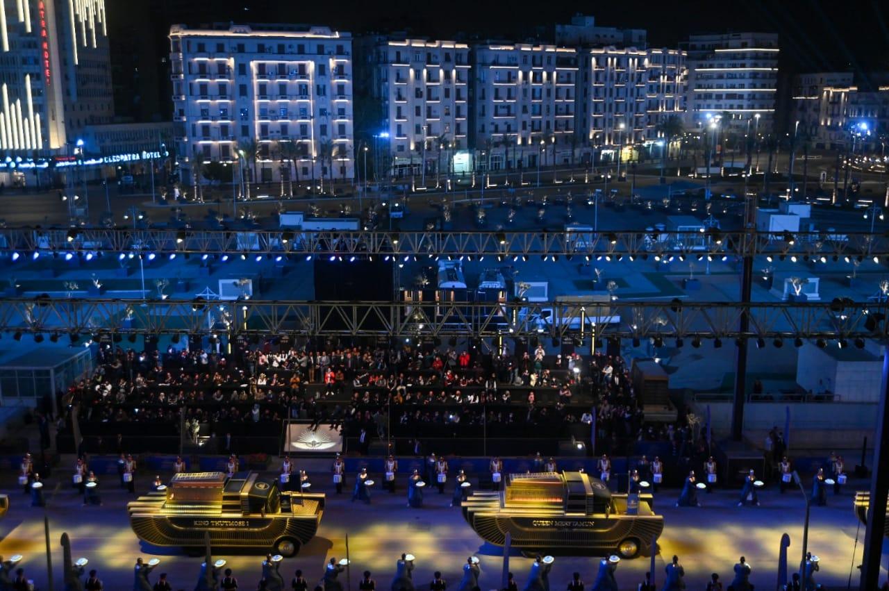 المصريون يشيدون بـ حفل موكب المومياوات الملكية والنجوم المشاركين في الحدث العالمي