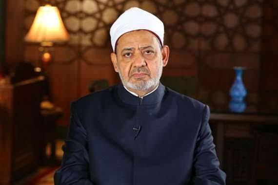 الإمام الأكبر يعزي الرئيس الإندونيسي في ضحايا الإعصار والفيضانات