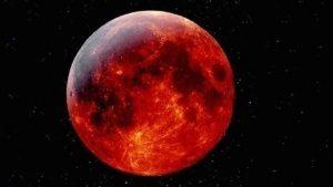 من بينها خسوف كلي للقمر.. 3 ظواهر فلكية تزين سماء العالم اليوم