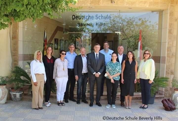 السفير الألماني يزور المدرسة الدولية بيفرلي هيلز بالقاهرة