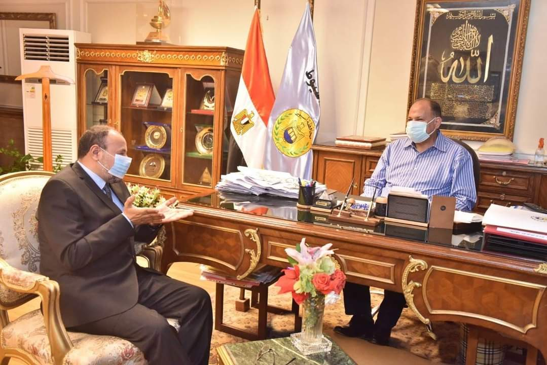 محافظ أسيوط يلتقي نائب رئيس جامعة الأزهر لمناقشة سبل التعاون المشترك