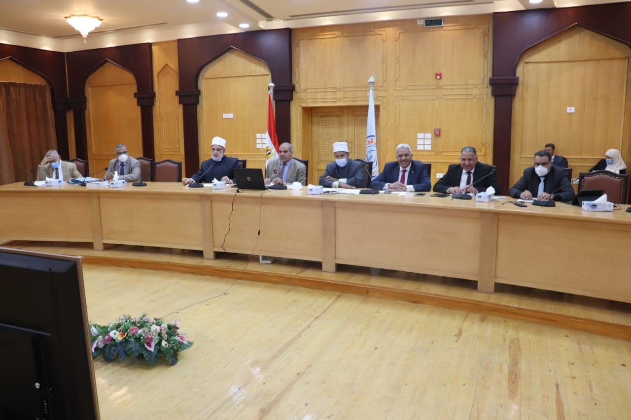 مجلس جامعة الأزهر يعلن جاهزية الكليات لبدء امتحانات الفصل الدراسي الثاني والامتحانات الشفهية