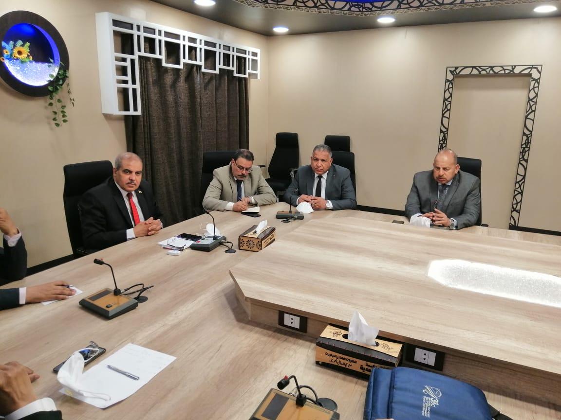 رئيس جامعة الأزهر يترأس اجتماع متابعة تنفيذ أعمال الصيانة بالمدينة الجامعية