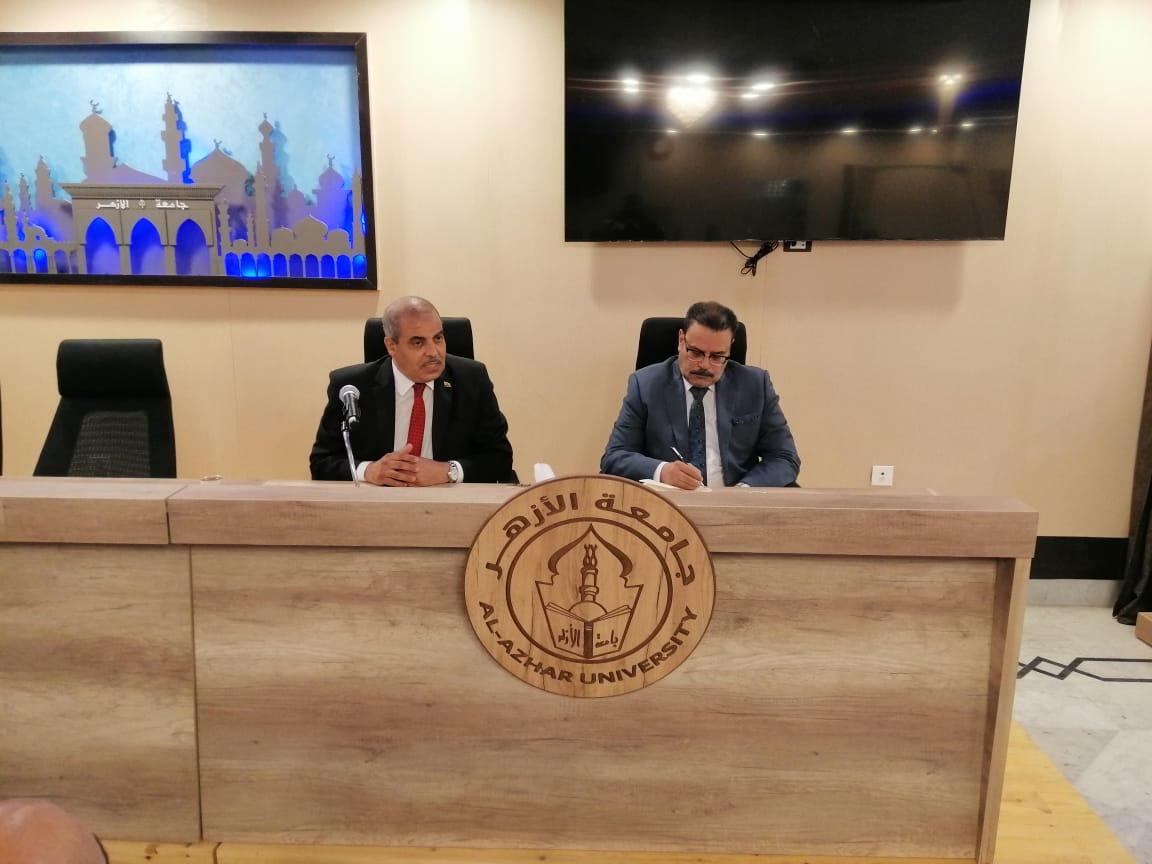 رئيس جامعة الأزهر يترأس اجتماع الإدارة العامة لشئون التعليم والطلاب
