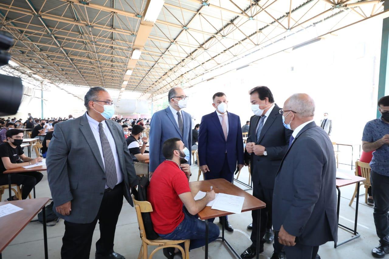 رئيس جامعة عين شمس: تطعيم الطلاب بلقاح كورونا مع بداية العام الدراسي الجديد