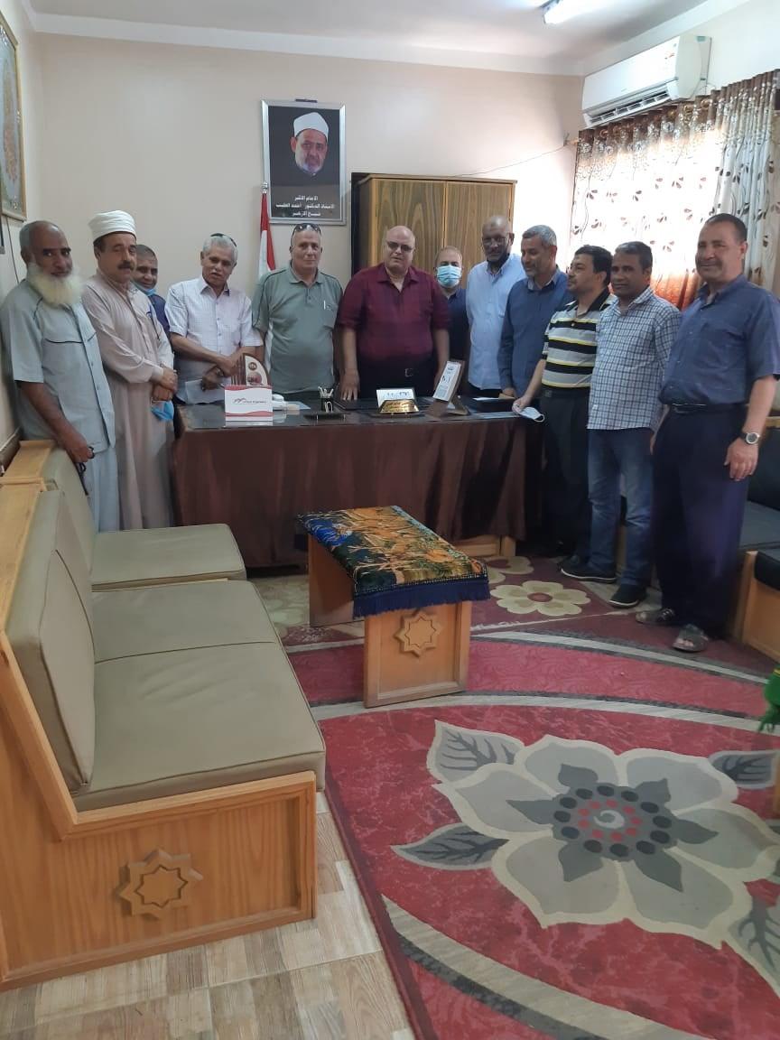 المنيا الأزهرية: تعقد اجتماعاً موسعاً بموجهي عموم وأوائل المنطقة