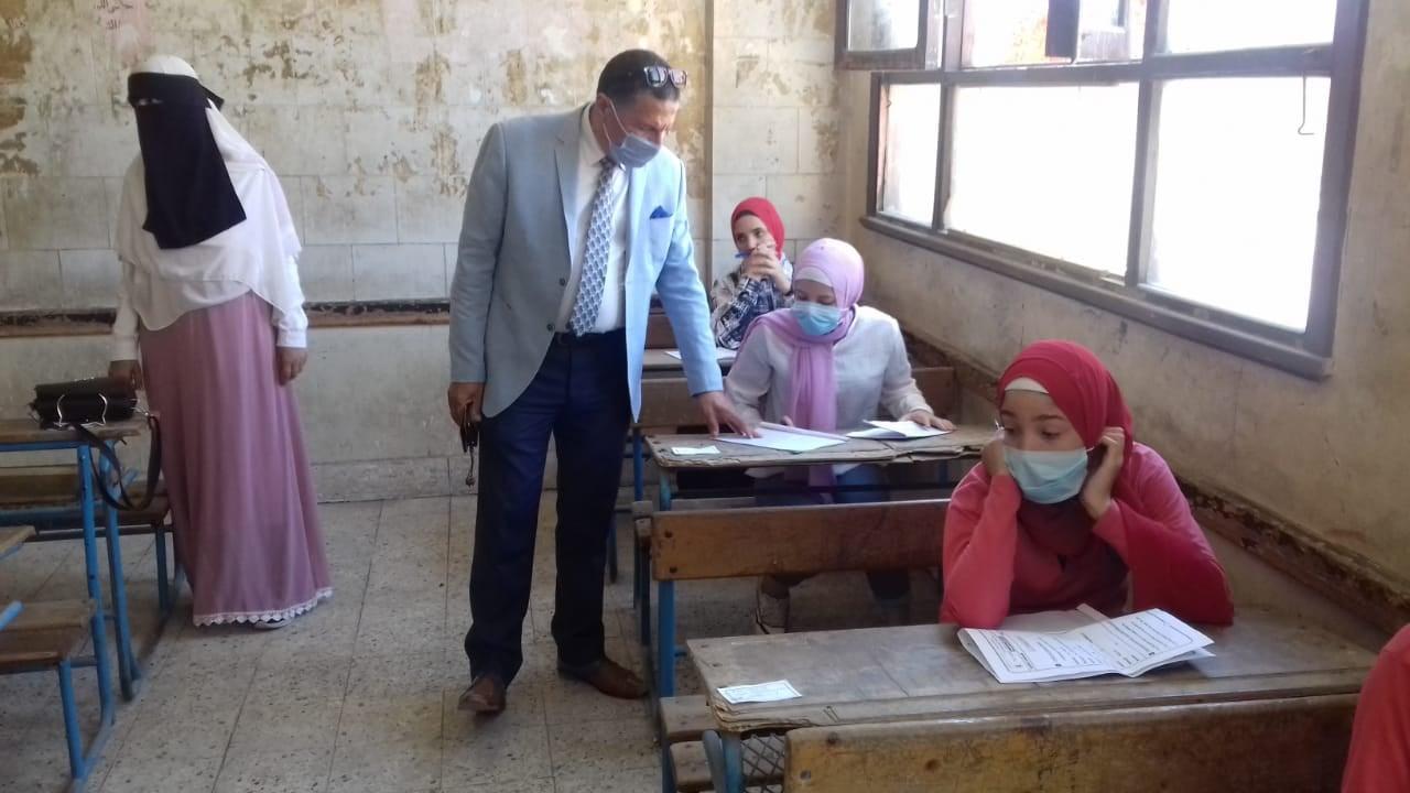 طارق شوقي: نخبر كل لجان الثانوية بالوقت الإضافي لكل امتحان على حدة