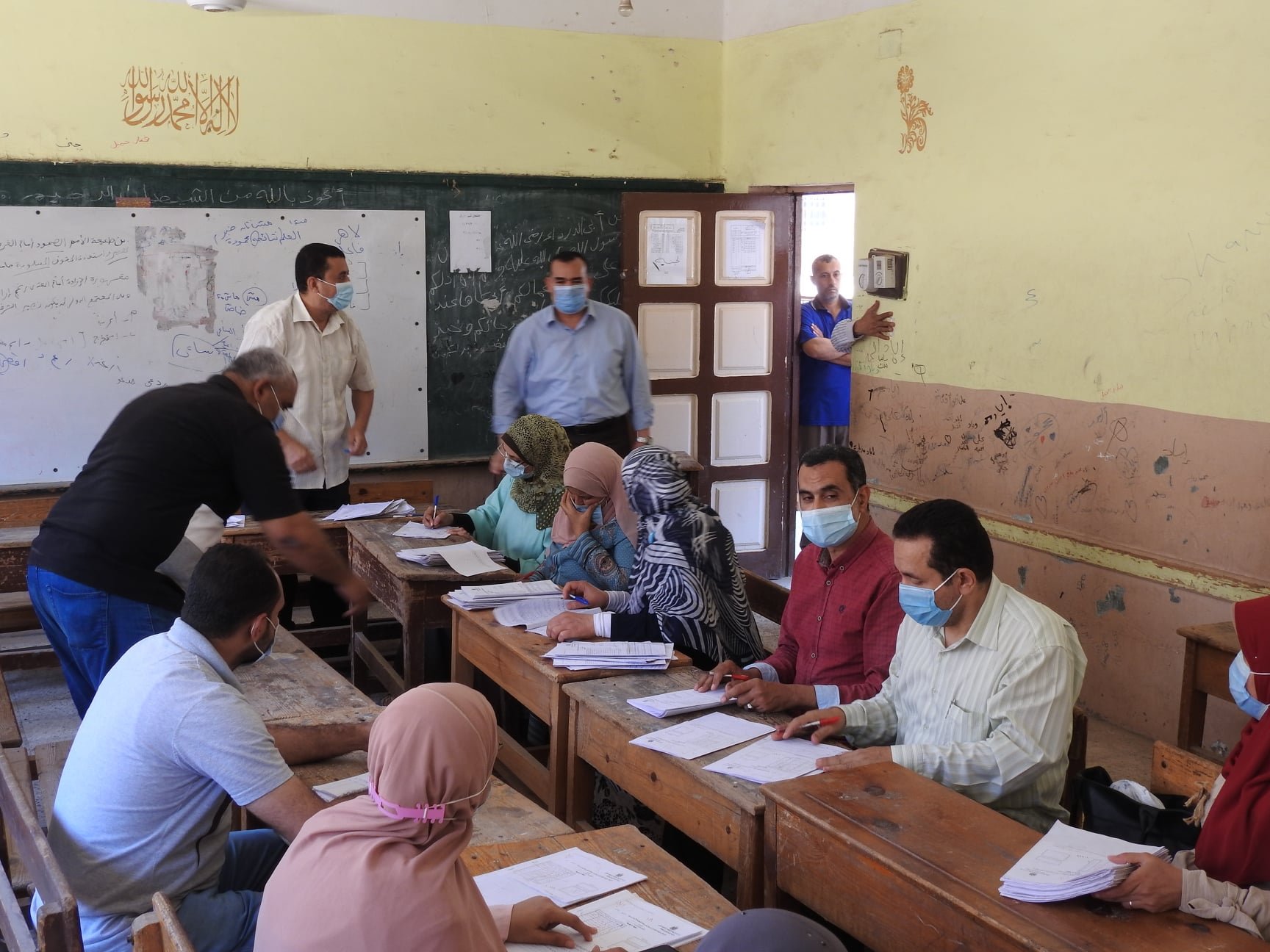 تعليم المنوفية تواصل تقدير درجات الشهادة الإعدادية العامة