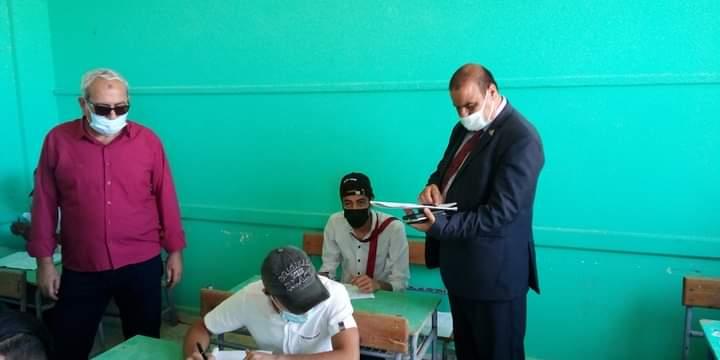 قيادي بالتعليم: امتحان اللغة العربية بالدبلومات في مستوي الطالب المتوسط