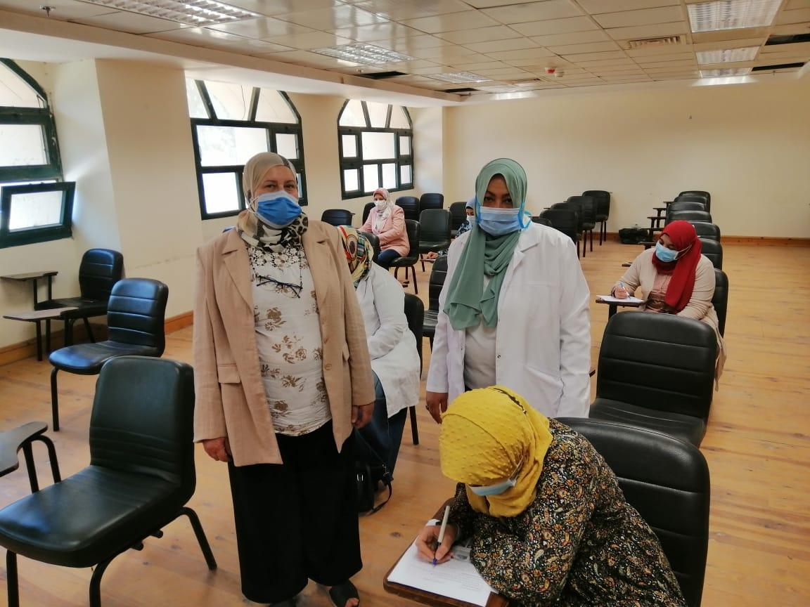 انتهاء امتحانات العملي بكلية التمريض بجامعة الأزهر والأحد بدء التحريري