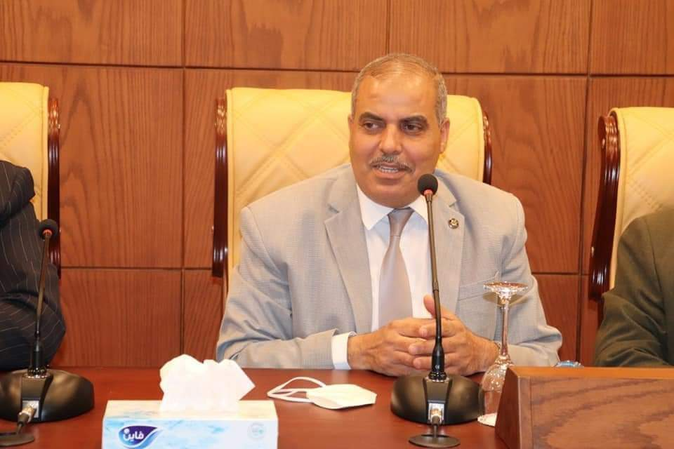 نائب رئيس الجامعة يهنئ المحرصاوي لتجديد الثقة رئيساً لجامعة الأزهر