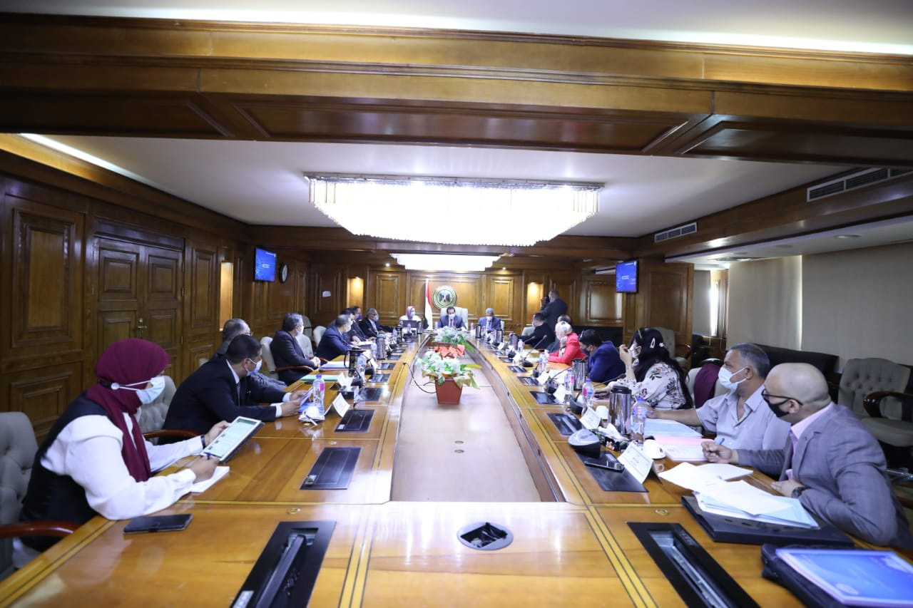 وزير التعليم العالي والبحث العلمي يرأس اجتماع مجلس إدارة مدينة الأبحاث العلمية
