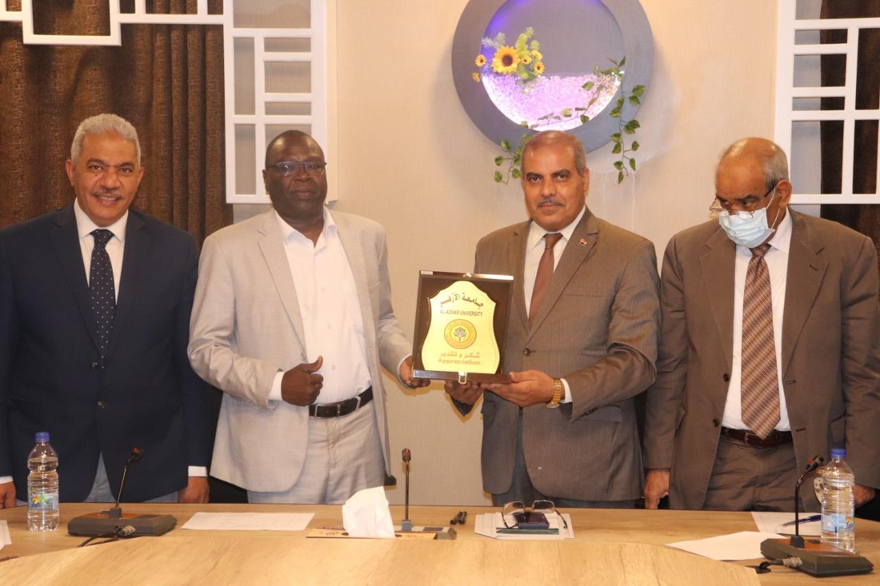 عضو مجلس السيادة السوداني: فخور بأنني تربيت في جامعة الأزهر مهد الوسطية والاعتدال