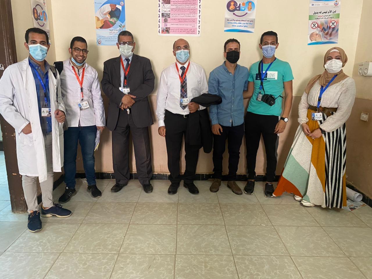 """10 تخصصات طبية يُشاركون في قافلة جامعة المنيا بـ """"نزلة عبيد"""""""