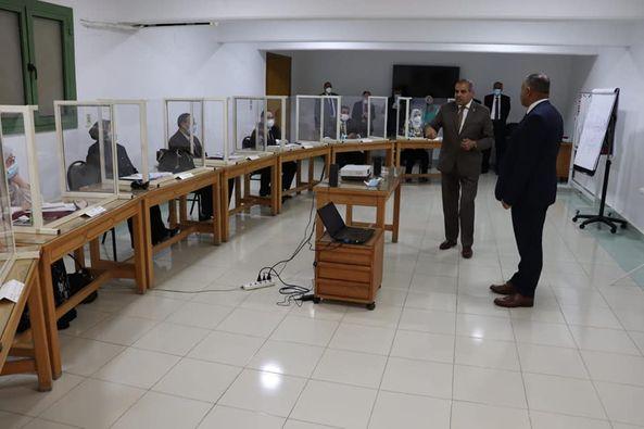 رئيس جامعة الأزهر يتفقد المجموعة التدريبية السابعة بمركز التدريب والتطوير